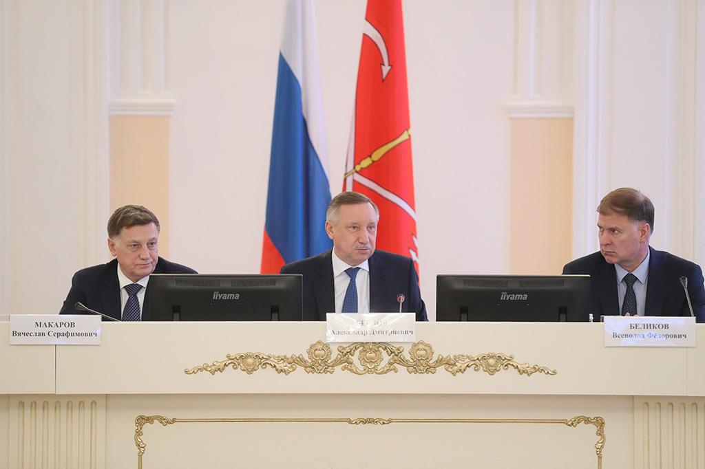 Петербург выстраивает эффективное взаимодействие с федеральным центром и муниципальными органами