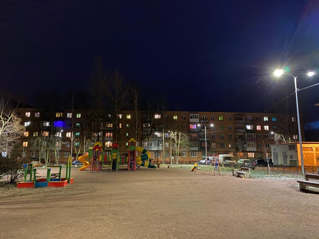 По постоянной схеме подано электроснабжение на 1187 новых светодиодных светильников города Ломоносов