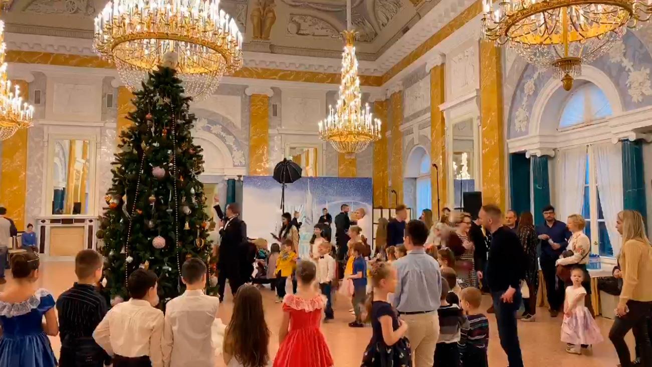 Новогодний мюзикл «Легенды Константиновского дворца»