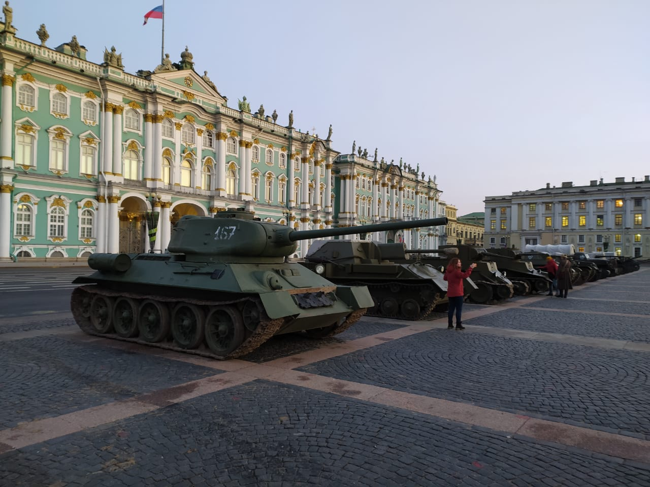 В честь дня полного снятия блокады на Дворцовой площади будет работать интерактивная выставка