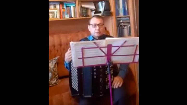 Второй урок онлайн с руководителем хора русской песни