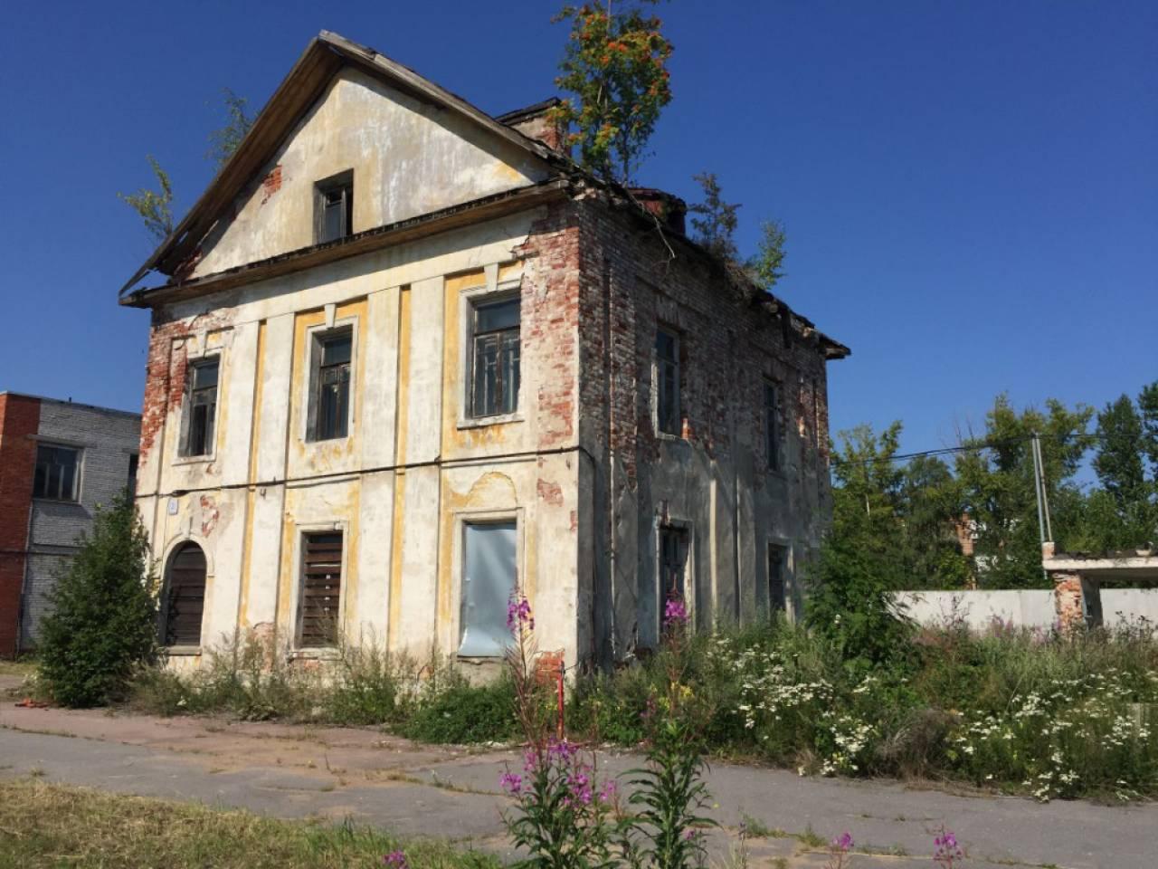 11 марта проданы жилые помещения в доме на наб. Сидоровского канала, д. 2, литера А, кв. 1-3 в Ломоносове