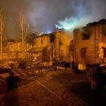 Огонь уничтожил 10 эллингов в водно-моторном клубе Петербурга. Пожар локализован