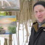 Необычный, весенний формат выставки картин провёл Питерский художник Николай Фомин.